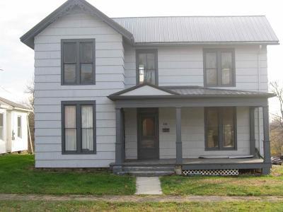 HILLSBORO Single Family Home For Sale: 203 E South Street