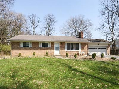 Blue Ash Single Family Home For Sale: 8994 Kenwood Road