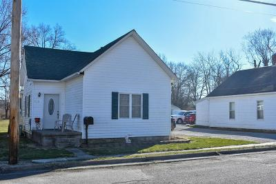 Adams County, Brown County, Clinton County, Highland County Single Family Home For Sale: 425 S Wright Street