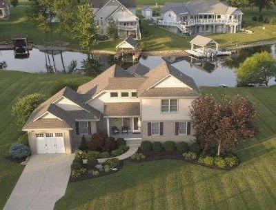 Brown County Single Family Home For Sale: 386 Waynoka Drive