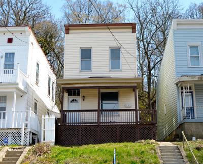 Cincinnati OH Single Family Home For Sale: $99,900