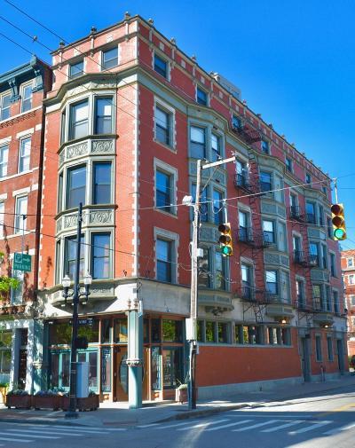 Cincinnati Condo/Townhouse For Sale: 1237 Vine Street #6