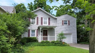Single Family Home For Sale: 38 E Sharon Road