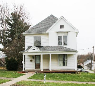 Hillsboro Single Family Home For Sale: 131 W South Street