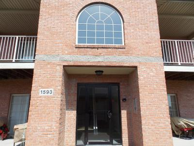 Hamilton Condo/Townhouse For Sale: 1593 Eden Park Drive #8