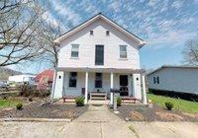 Manchester OH Single Family Home For Sale: $84,400