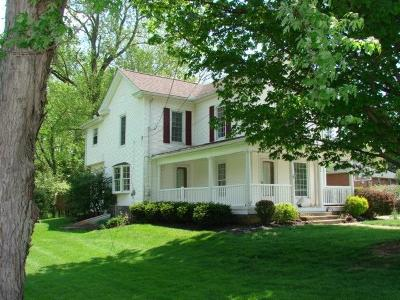 Highland County Single Family Home For Sale: 232 S Fairfield Street