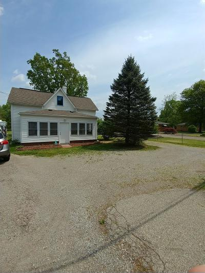Hamilton Single Family Home For Sale: 816 W Foster Maineville Road