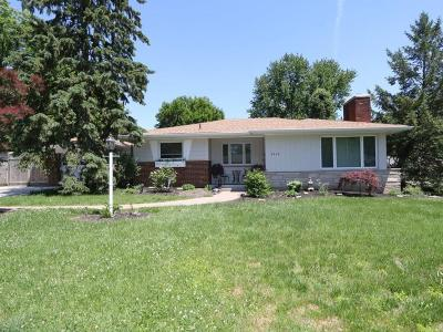 Single Family Home For Sale: 8462 Deerway Drive