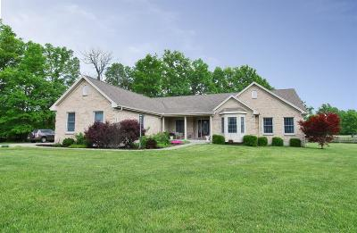 Mt Orab Single Family Home For Sale: 104 Autumn Court