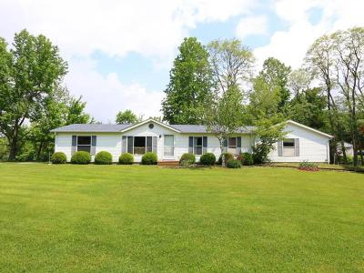 Batesville Single Family Home For Sale: 14131 N County Road 600 E