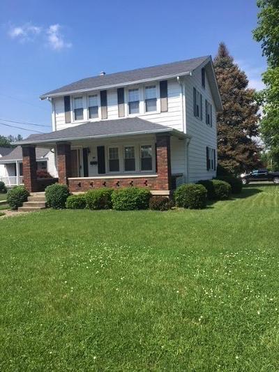 Hamilton Single Family Home For Sale: 700 Elaine Avenue