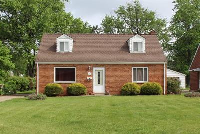 Cincinnati Single Family Home For Sale: 4142 Valerie Court