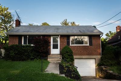 Cincinnati Single Family Home For Sale: 8268 Firshade Terrace