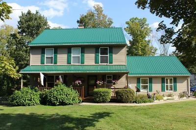 Clermont County Single Family Home For Sale: 102 Santa Maria Woods Drive