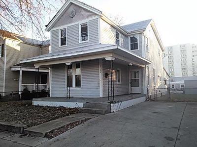 Hamilton Single Family Home For Sale: 2144 Pleasant Avenue