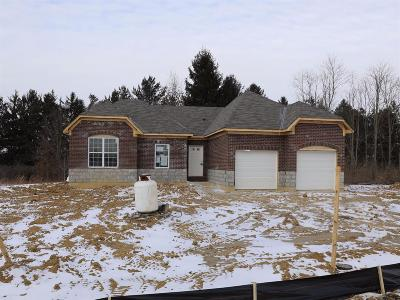 Hamilton Twp Single Family Home For Sale: 5813 Turning Leaf Way