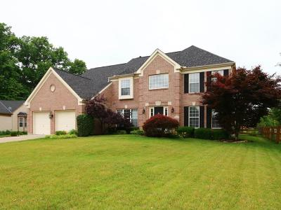 Single Family Home For Sale: 1552 Hunt Club Drive