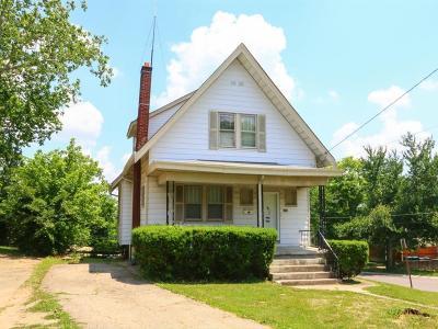 Single Family Home For Sale: 2649 Montana Avenue