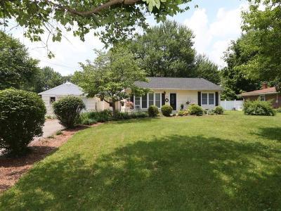 Single Family Home For Sale: 5623 Naomi Drive