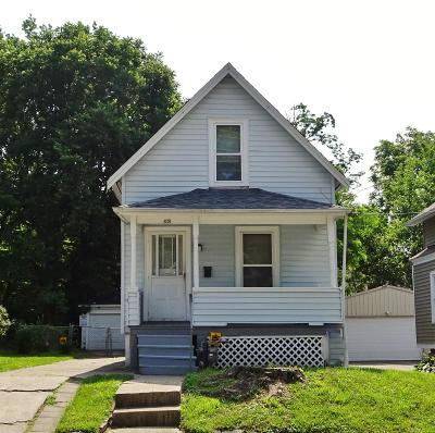 Single Family Home For Sale: 4206 Watterson Street