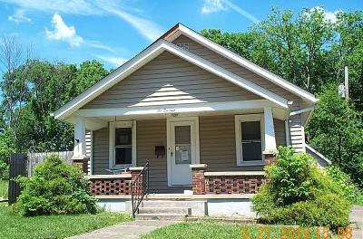 Hamilton Single Family Home For Sale: 614 Coralie Avenue