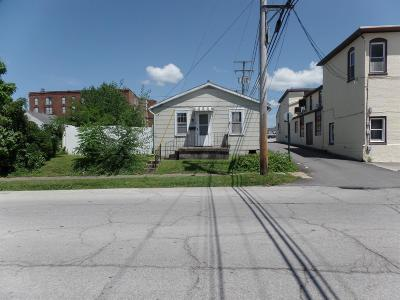 Adams County, Brown County, Clinton County, Highland County Single Family Home For Sale: 118 S West Street