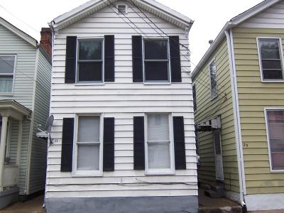 Hamilton Single Family Home For Sale: 25 Center Street