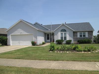 Hamilton Single Family Home For Sale: 24 Thornhill