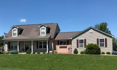 Lawrenceburg IN Single Family Home For Sale: $234,900