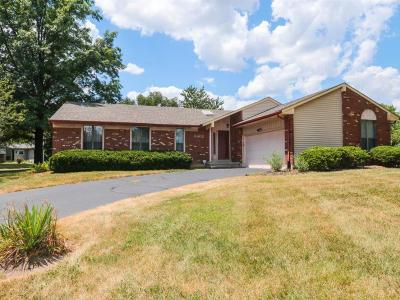 Warren County Single Family Home For Sale: 8602 Pond Ridge Drive