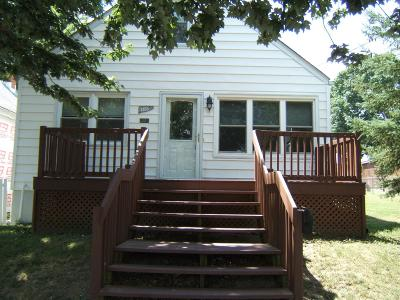 Hamilton Single Family Home For Sale: 1135 Ross Avenue