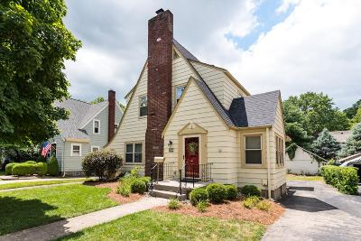 Single Family Home For Sale: 3739 Indianview Avenue