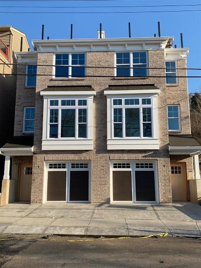 Cincinnati Single Family Home For Sale: 3214 Walworth Avenue