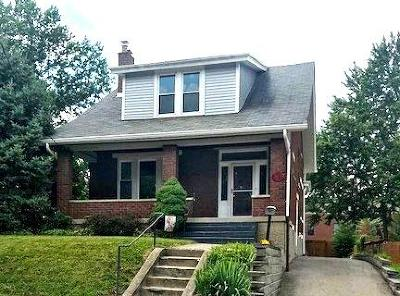 Cheviot Single Family Home For Sale: 3833 Carrie Avenue