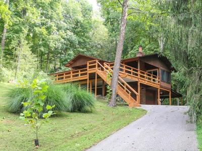 Clermont County Single Family Home For Sale: 3198 Alpine Terrace