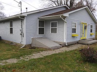 Single Family Home For Sale: 9869 Cedar Drive
