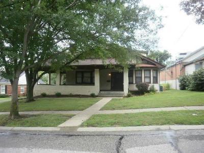 Cincinnati Single Family Home For Sale: 2914 Westridge Drive