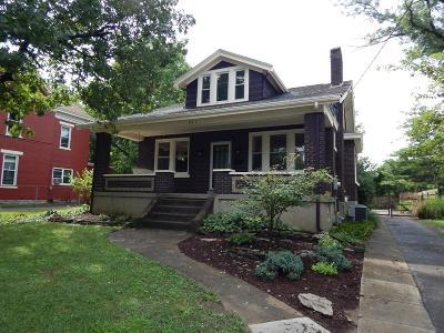 Cincinnati Single Family Home For Sale: 221 Parkway Avenue