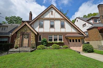 Cincinnati Single Family Home For Sale: 3427 Lyleburn Place