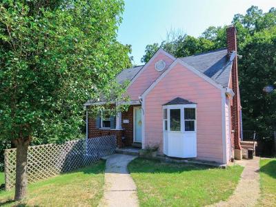Cincinnati Single Family Home For Sale: 3096 Worthington Avenue