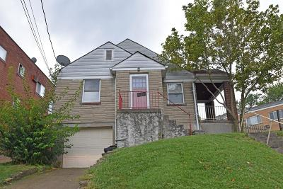 Cheviot Single Family Home For Sale: 4159 Harrison Avenue