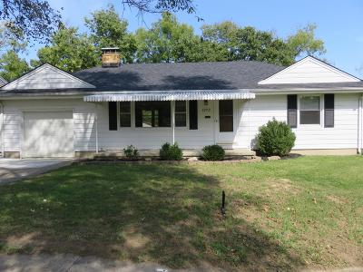 Hamilton Single Family Home For Sale: 1272 Oakmont Avenue