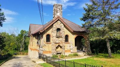Cheviot Single Family Home For Sale: 4211 Fearman Avenue