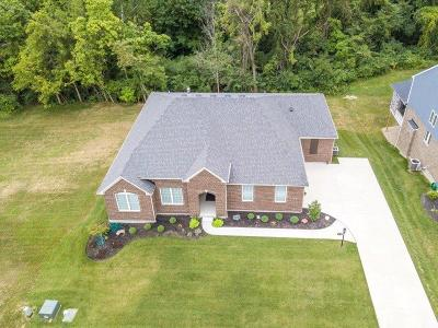 Warren County Single Family Home For Sale: 9278 Nolin Orchard Lane