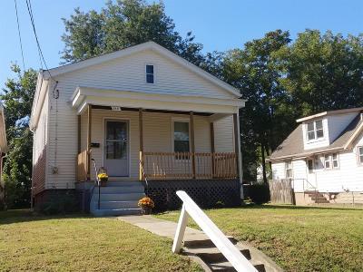 Norwood Single Family Home For Sale: 1811 Ridgeway Avenue
