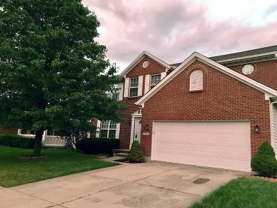 Warren County Single Family Home For Sale: 7962 Winding Creek Court