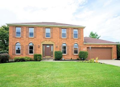 Cincinnati Single Family Home For Sale: 5789 Beckridge Court
