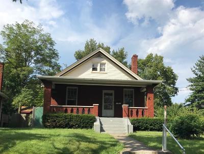 Cincinnati Single Family Home For Sale: 3302 Daytona Avenue