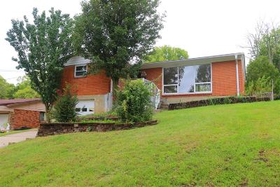 Cincinnati Single Family Home For Sale: 10657 Deauville Road